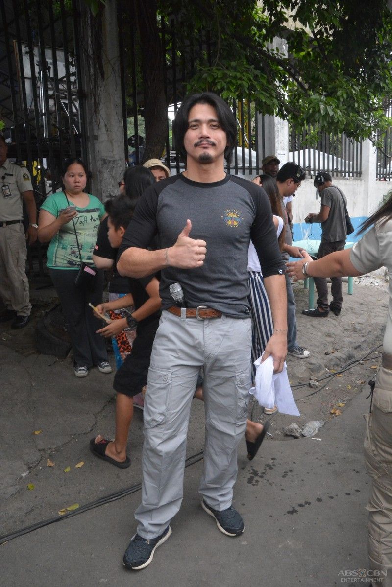 PHOTOS: Idol ng Bayan Robin Padilla is the new game show master of ABS-CBN